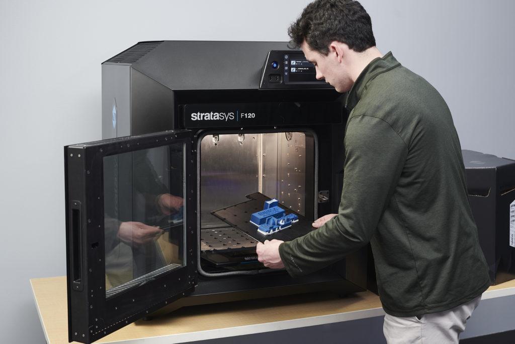 3D tiskárna do kanceláře Stratasys F120