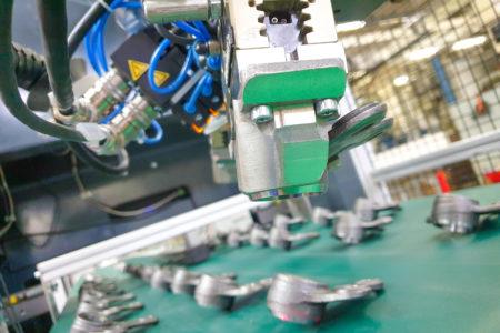 3d tisk kovových čelistí na úchyt