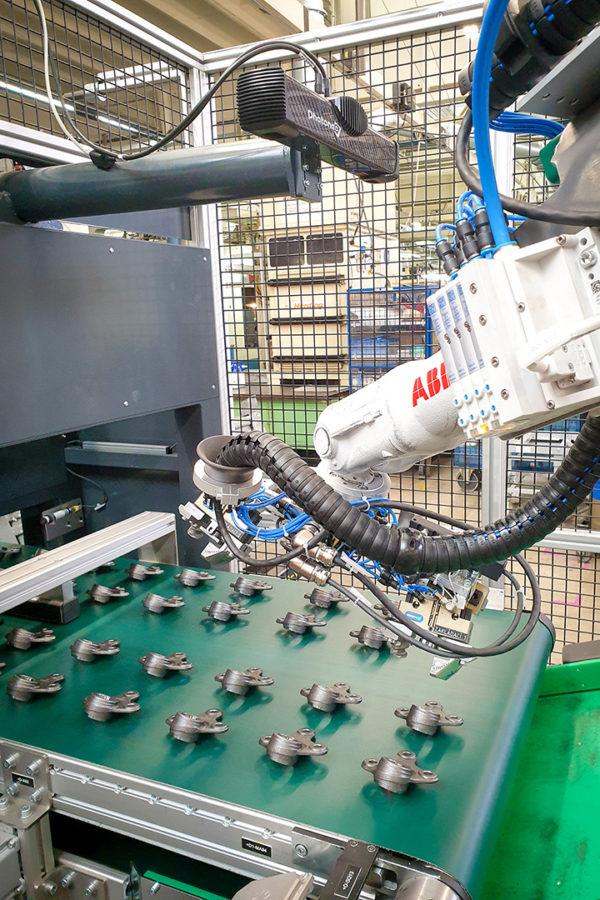 čelisti na robotické rameno