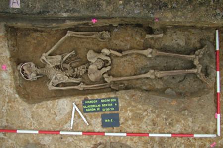 Nalezení kostry upíra